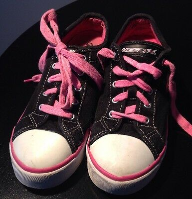Heeleys X2 Size 3 Girls Pink Roller Shoes