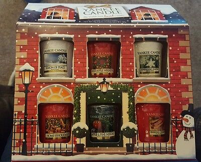Yankee Candle Christmas House.  12 Votive Candles.  BEAUTIFUL