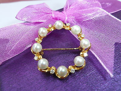 Vintage 18ct Gold Diamond & Cultured Freshwater Pearl Brooch