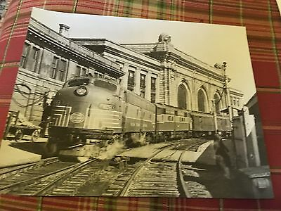 Vintage photo New York Central System Railroad Diesel 4083  Albany NY
