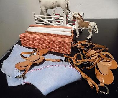 Vintage White Horse + Foal, Made by Edith Reynolds, 1940s-60s, England + Access'