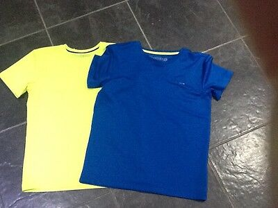 Boys running tops aged 8-9 years. great condition