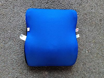 childs car booster seat light weight