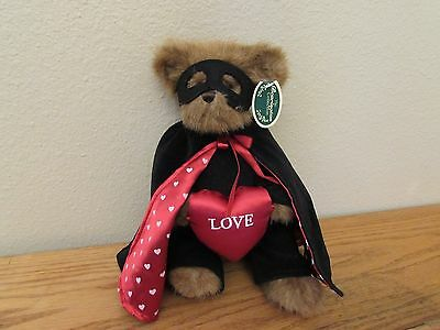 """Bearington Collection Bear """"Bandit of Love"""" Brown 12in Tall - Valentine plush"""