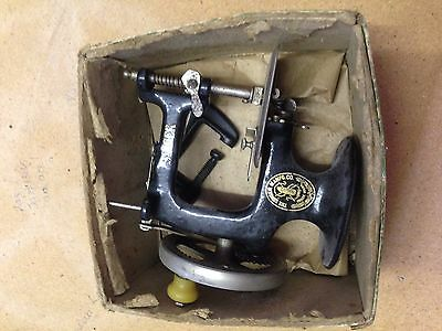 Vintage 1926 Antiques A Singer for the girls sewing machine in Original Box
