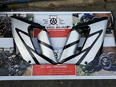 2004-06 Honda CBR125R Front Middle Fairing Panel RIGHT & LEFT
