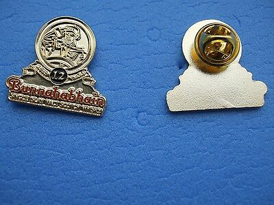 SCOTCH  MALT WHISKY Enamel Lapel Pin Badge BUNNAHABHAIN