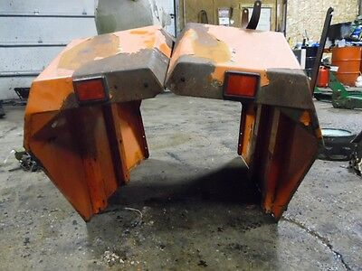 Allis-Chalmers 6140 Fenders (x2), Tag #739