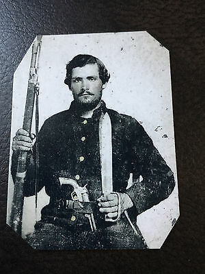 Civil War Soldier Well Armed Rifle Pistol & Knife TinType C932NP