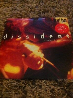 "Pearl Jam - Dissident Special Edition Poster bag 7"" Vinyl"