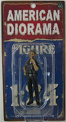 American Diorama 1:24 Scale - POLICE OFFICER JAKE  LAPD Male Officer for Diorama