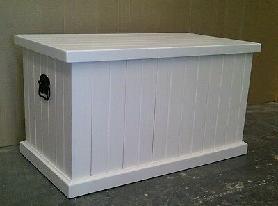 900 Solid Pine Blanket (Toy) Box in White