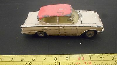 DINKY TOYS VINTAGE 1950's FORD CONSUL 315 CLASSIC CAR