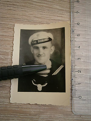 YUGOSLAVIA AFTER WWII  MILITARY NAVY UNIFORM HAT CAP BADGE photography