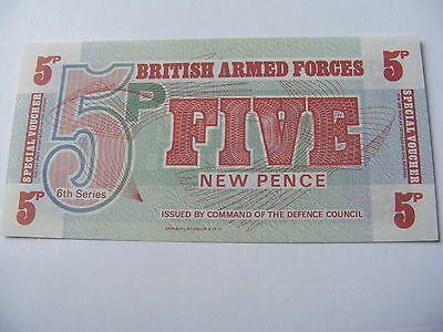 1972 5p Bank Note BRITISH ARMED FORCES Military 6th Series Voucher Uncirculated