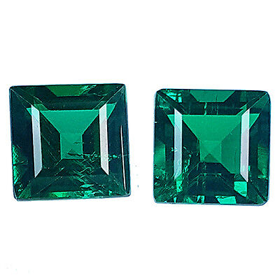 PAIR OF 2 SQUARE FACET 5.20 ct COLOMBIAN GREEN EMERALD BIRON LAB CREATED