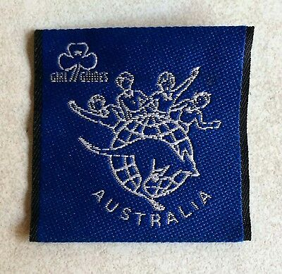 """""""NEW"""" 1990's  Girl Guides Australia cloth patch size: 5 x 5 cm"""