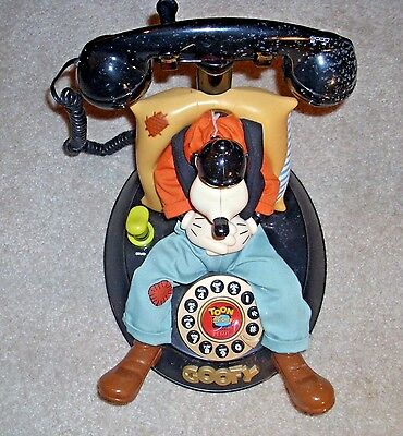 Vintage Telemania Disney Goofy's Animated Talking Corded Telephone Phone Tested