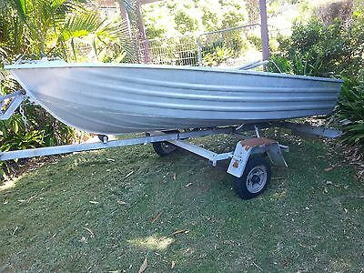 10' Brooker Cartopper Tinny with unregistered boat trailer