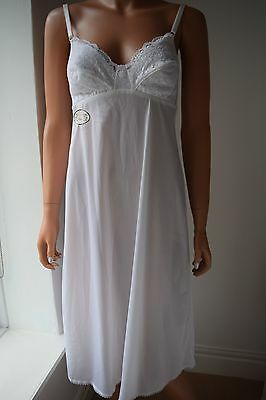 Vintage With Tag St Michael (M&s) Wild Rose White Nylon Slip Size 12 Uk Lacy Bus