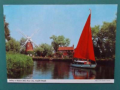 Vintage Norfolk Broads Old Used Postcard Collectors  1982