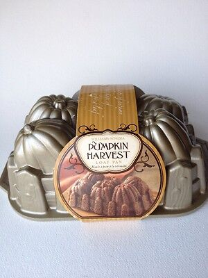 New Williams-Sonoma Nordic Ware 6 Cup PUMPKIN HARVEST LOAF PAN Thanksgiving Gift