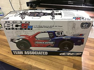 Team Associated SC5M Short Course 1/10th 2WD Remote Control Car