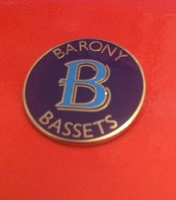 Barony Bassets Hunt Supporters Club Member Hunting Enamel Pin Badge