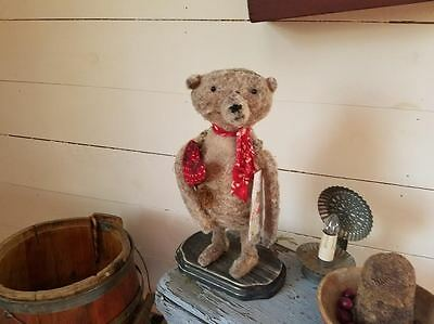 Primitive Valentines Day Bear~EAAM~
