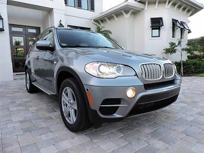 2012 BMW X5 xDrive35d Sport Utility 4-Door 2012 BMW X5 xDrive35d Diesel Luxury SUV - Immaculate, AWD, Leather, Loaded
