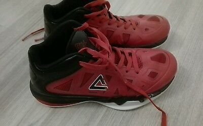 Chaussures Basketball Peak junior Taille: 37