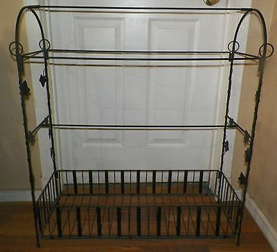 """Wrought Iron Quilt Rack Bedspread Holder Stand W Base Storage 32""""t X 30""""w"""