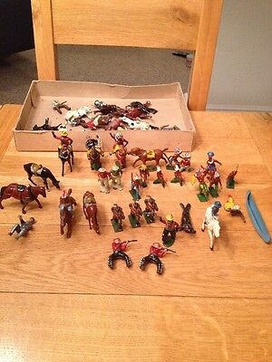 Vintage Lead Toys Cowboys And Indians - Majority Johillco