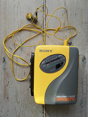 Sony Sports Walkman fm/am radio and Cassette Working with Headphones