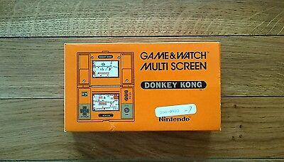NINTENDO DONKEY KONG DK-52 GAME AND WATCH 1982 - Boxed and in Great Condition