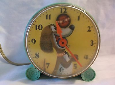 Vintage General Electric Telechron Model 8H288 Dog With Rolling Ball Alarm Clock