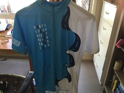 Cadel Evans signed cycling jersy