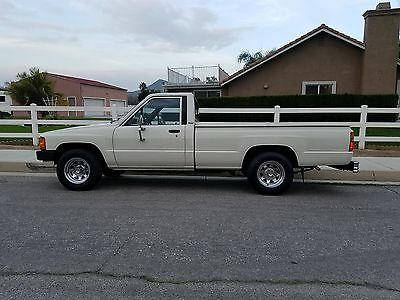 1986 Toyota Other Base Standard Cab Pickup 2-Door 1986 Toyota Pickup Base Standard Cab Pickup 2-Door 2.4L
