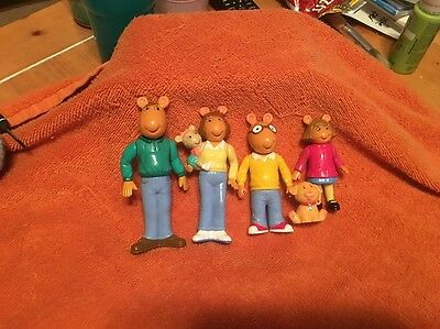 PBS Arthur Mother Kate Father DW Dog Pal Marc Brown Hasbro Figures Cake Toppers