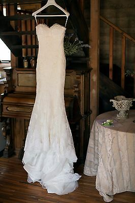 Lace Rafelle Cuica Bridal Gown size 6 with hoop