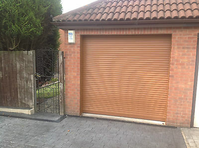 Garage Door Electric Roller 10 Ft X 8Ft New  Insulated With 2 Remotes  Oak