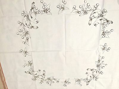 Vintage Fabric Decorating Project for Hobbytex or Embroidery - Finch lunch cloth