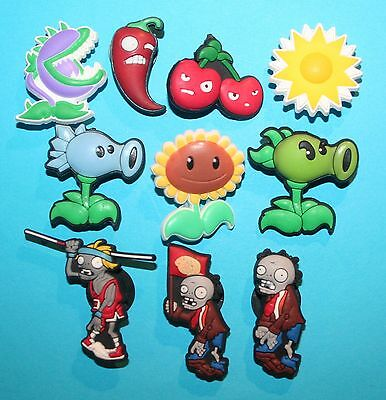 Plants vs Zombies Shoe Decorations 10 Cake Toppers Party Favours XMAS GIFT NEW