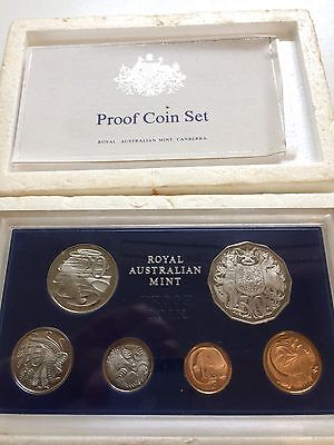 1971 Australian proof coin set with certificate and foam