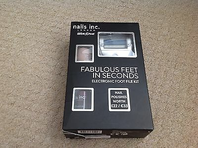 NAILS INC. FABULOUS FEET IN SECONDS electronic foot file kit with 2 nail varnish