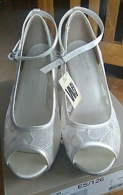 ivory wide fit wedding/occasion shoes