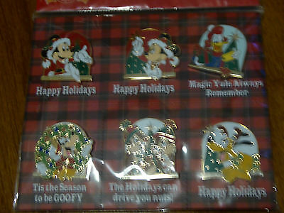Disney Trading Pins 119151 Happy Holidays Booster Set