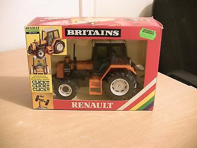 Britains Farm Toys No 9518 Renault 145-14 Tractor, Boxed.