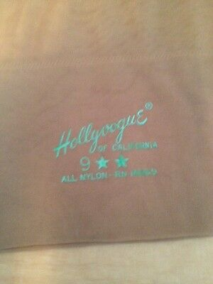 One Pair of Rare Vintage Hollyvogue of California Stockings Size 9