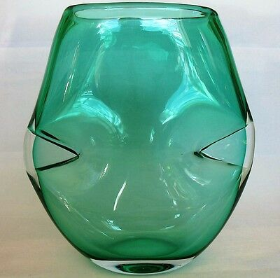 Extremely Scarce LOUIS THOMPSON Green Studio Art Glass Pinched Side Vase 1993